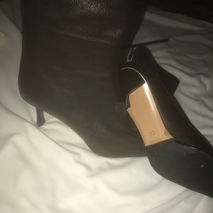 Gucci ankle boots brown size 7B open box